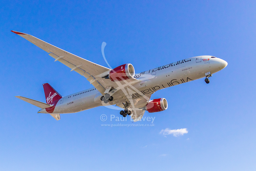 A Virgin Atlantic Boeing 787 lands at London's Heathrow Airport (LHR / EGLL).