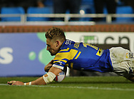 Jimmy Keinhorst of Leeds Rhinos  scores the try against Salford Red Devils during the Super 8s Qualifiers match at Emerald Headingley Stadium, Leeds<br /> Picture by Stephen Gaunt/Focus Images Ltd +447904 833202<br /> 14/09/2018