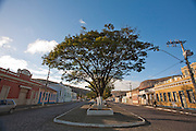 Pedra Azul_MG, Brasil...Pedra Azul, tambem conhecida como Princesinha do Sertao, possui um dos principais centros historicos e culturais do Vale Jequitinhonha. Na foto, casarios antigo, no centro historico do municipio...Pedra Azul, also known as Princesinha do Sertao, has one of the major historical and cultural centers Jequitinhonha Valley. In the photo, the old houses in the historic center of the municipality...Foto: LEO DRUMOND / NITRO