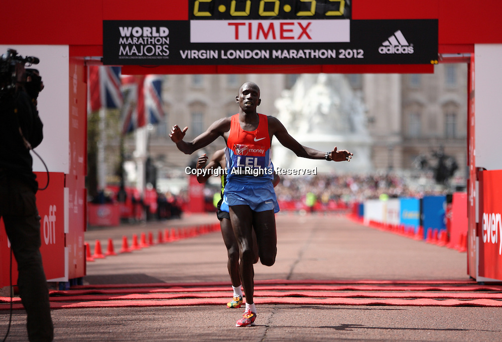 22.04.2012 London, England. Martin Lel (Kenya) comes second in the 2012 Virgin London Marathon just in front of Aberu Kebede (Ethiopia)