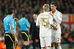 25.01.2012, Stadion Camp Nou, Barcelona, ESP, Copa del Rey, FC Barcelona vs Real Madrid, im Bild Real Madrid's Cristiano Ronaldo and Fabio Coentrao // during the football match of spanish Copy del Rey, between FC Barcelona and Real Madrid at Camp Nou stadium, Barcelona, Spain on 2012/01/25. EXPA Pictures © 2012, PhotoCredit: EXPA/ Alterphotos/ Cesar Cebolla..***** ATTENTION - OUT OF ESP and SUI *****