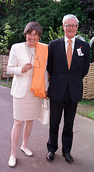 LORD & LADY HURD at the Chelsea Flower show <br /> in London on 22nd May 2000.OEJ 50
