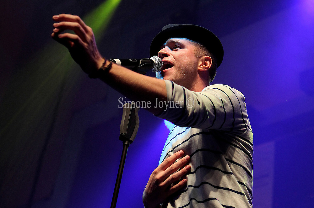 Olly Murs performs at The Sunshine Concert in aid of the 'Rays of Sunshine Children's Charity' at the Troxy on March 11, 2011 in London, England.  (Photo by Simone Joyner)