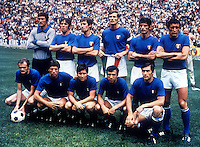 "Football Fifa Mexico 1970 World Cup - Final Matchs  -<br /> Brazil vs Italy  4-1  ( Azteca Stadium-Mexico City , Mexico )<br /> The Team of Italy , pose prior the Final Match Between Brazil and Italy , from the left up :<br /> Enrico ALBERTOSI ,Roberto BONINSEGNA ,Roberto ROSATO ,Giacinto FACCHETTI ,Angelo DOMENGHINI ,Luigi "" Gigi RIVA "" //<br /> Alessandro "" Sandro MAZZOLA "" ,Mario BERTINI ,Giancarlo DE SISTI ,Pierluigi CERA ,Tarcisio BURGNICH"