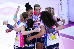 04-03-2017 ITA: Semifinal Coppa Italia Imoco Volley Conegliano - Igor Gorgonzola Novara, Firenze<br /> Team Novara met Laura Dijkema #14, Celeste Plak #4<br /> <br /> ***NETHERLANDS ONLY***