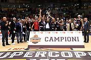 team trieste premiazione<br /> Alma Pallacanestro Trieste - Universo Basket De Longhi Treviso<br /> LNP Supercoppa 2017 Old Wild West<br /> Finale 1 - 2 posto<br /> Trieste, 23/09/2017<br /> Foto M.Ceretti / Ciamillo - Castoria