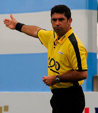 Juan Manuel Requena, Umpire