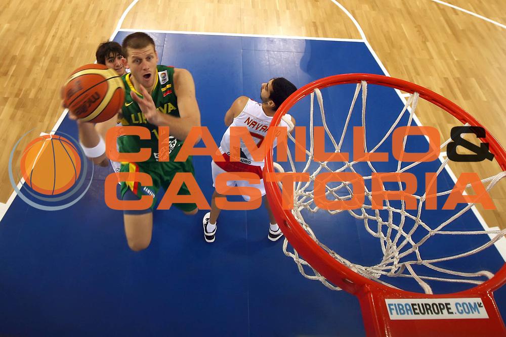 DESCRIZIONE : Lodz Poland Polonia Eurobasket Men 2009 Qualifying Round Spagna Spain Lituania Lithuania<br /> GIOCATORE : Marijonas Petravicius<br /> SQUADRA : Lituania Lithuania<br /> EVENTO : Eurobasket Men 2009<br /> GARA : Spagna Spain Lituania Lithuania<br /> DATA : 14/09/2009 <br /> CATEGORIA :<br /> SPORT : Pallacanestro <br /> AUTORE : Agenzia Ciamillo-Castoria/E.Castoria<br /> Galleria : Eurobasket Men 2009 <br /> Fotonotizia : Lodz Poland Polonia Eurobasket Men 2009 Qualifying Round Spagna Spain Lituania Lithuania<br /> Predefinita :