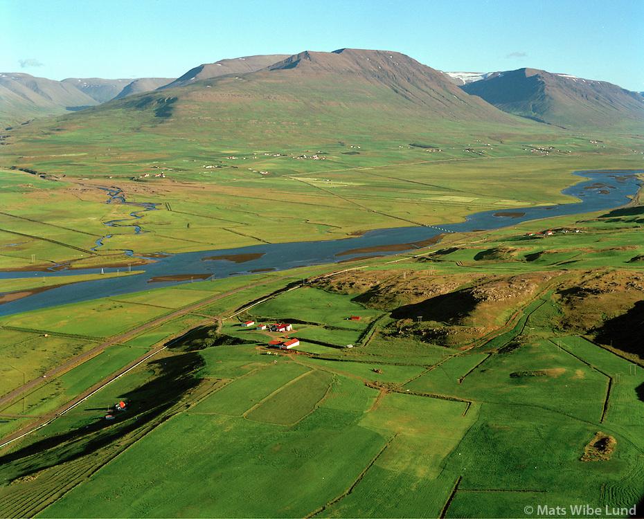 Litli-Hvammur og Hvammur í baksýni, séð til suðurs, Eyjafjarðarsveit áður Hrafnagilshreppur / Litli-Hvammur and Hvammur in background viewing south,Eyjafjardarsveit former Hrafnagilshreppur.