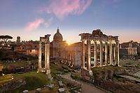 Im antiken Rom war das Forum Romanum das gesellschaftliche, kulturelle, wirtschaftliche und politische Zentrum der Stadt.