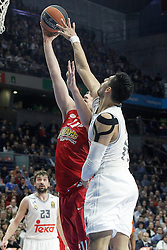 28.01.2016, Palacio de los Deportes, Madrid, ESP, FIBA, EL, Real Madrid vs Olympiacos PiraeusPlayoff, 5. Spiel, im Bild Real Madrid's Gustavo Ayon (r) and Olympimpiacos Piraeus' Nikola Milutinov // during the 5th Playoff match of the Turkish Airlines Basketball Euroleague between Real Madrid and Olympiacos Piraeus at the Palacio de los Deportes in Madrid, Spain on 2016/01/28. EXPA Pictures © 2016, PhotoCredit: EXPA/ Alterphotos/ Acero<br /> <br /> *****ATTENTION - OUT of ESP, SUI*****