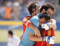 FIFA BEACH SOCCER WORLD CUP 2008 SPAIN - MEXICO   20.07.2008 Roberto VALEIRO (center) hugs goalgetter ANTONIO (right) to celebrate the 2-1 goal with AMARELLE (ESP).