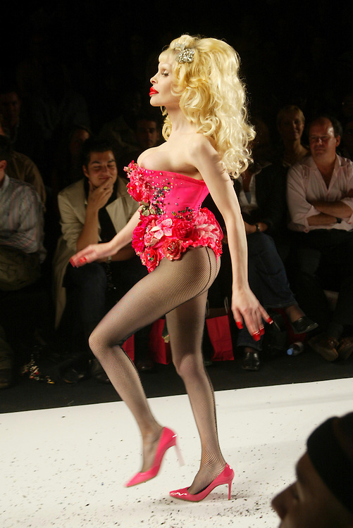 Amanda Lepore at the Heatherette show, Sep 9, 2004. the opening day of fashion week spring 2005 in New York.. Photo AP Wide World Photos /JOE KOHEN
