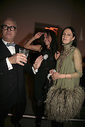 Manolo Blahnik, Amanda Harlech and Lucy Ferry, Vogue 90th birthday party and to celebrate the Vogue List, Serpentine Gallery. London. 8 November 2006. ONE TIME USE ONLY - DO NOT ARCHIVE  © Copyright Photograph by Dafydd Jones 66 Stockwell Park Rd. London SW9 0DA Tel 020 7733 0108 www.dafjones.com