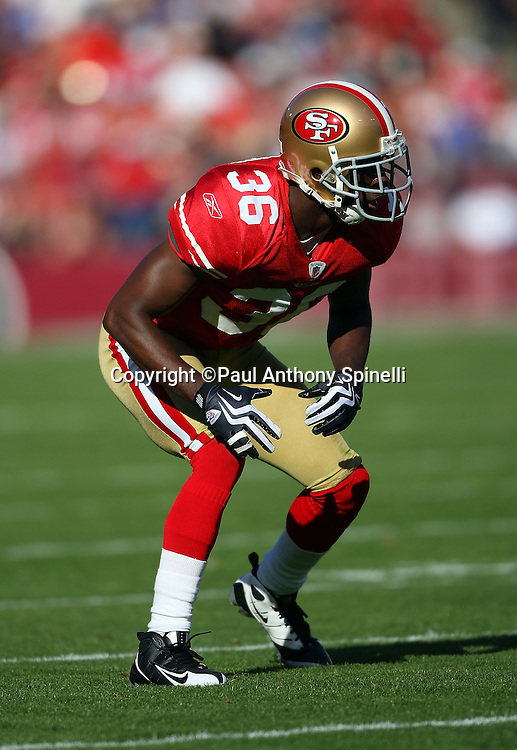San Francisco 49ers cornerback Shawntae Spencer (36) makes a move during the NFL football game against the Tennessee Titans, November 8, 2009 in San Francisco, California. The Titans won the game 34-27. (©Paul Anthony Spinelli)