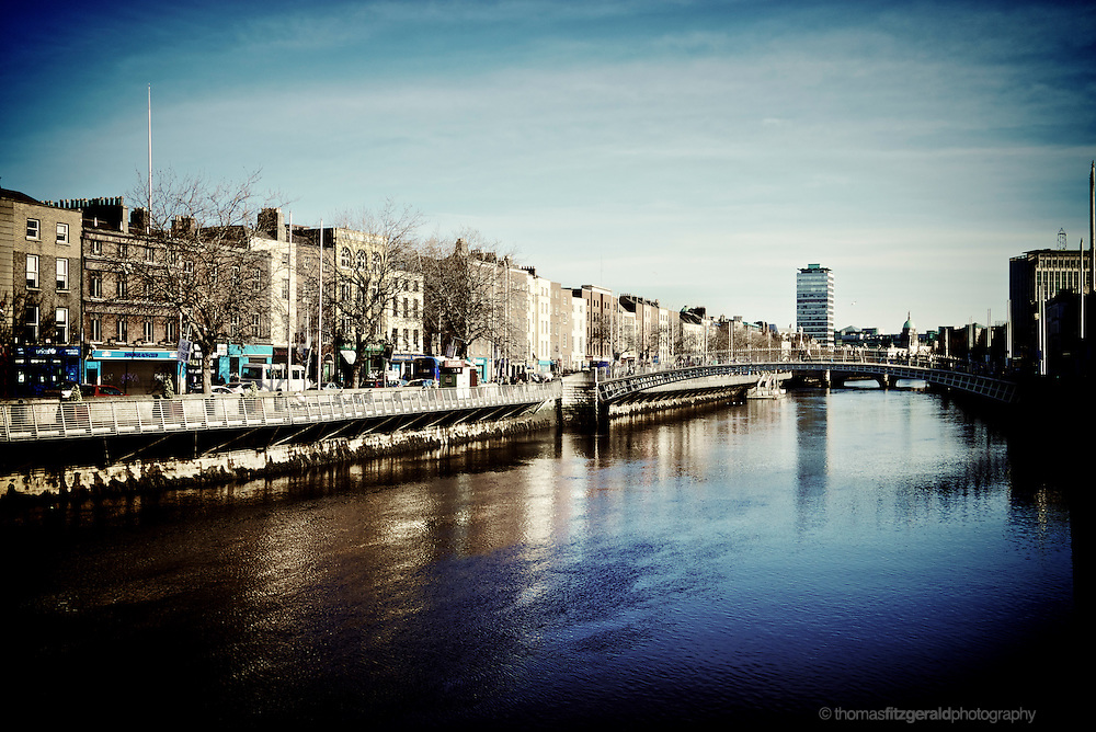 River Liffey and O'Connell Bridge on a cold winters morning