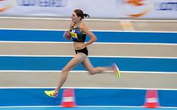 11-02-2017 NED: AA Drink NK Indoor, Apeldoorn<br /> Maureen Koster wordt Nederlands kampioen op de 3000 meter