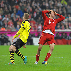 01-12-2012 VOETBAL: FC BAYERN MUNCHEN - BORUSSIA DORTMUND: MUNCHEN<br /> Thomas MUELLER (FC Bayern Muenchen) ist enttaeuscht, links Lukasz PISZCZEK (Borussia Dortmund)<br /> ***NETHERLANDS ONLY***<br /> ©2012-FotoHoogendoorn.nl