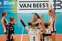 20181024 NED: CL, Sliedrecht Sport - Allianz MTV Stuttgart, Sliedrecht<br />Speelsters Sliedrecht Sport vieren een gewonnen punt.<br />©2018-FotoHoogendoorn.nl / Pim Waslander