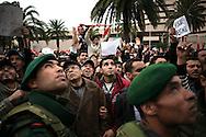 TUNISI. CITTADINI TUNISINI DURANTE UNA MANIFESTAZIONE DI PIAZZA CONTRO IL PARTITO RCD DELL'EX PRESIDENTE DELLA TUNISIA BEN ALI;