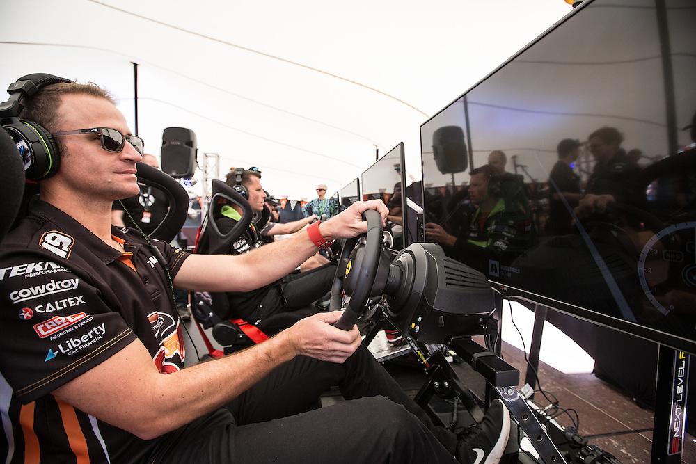 V8 Super car fan day. Will Davidson. 3 November 2016.  Photo:Gareth Cooke/Subzero Images