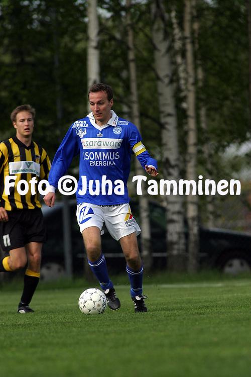 29.05.2003, Tapiolan Urheilukeskus, Espoo, Finland..I Divisioona / Finnish 1st Division.FC Honka v Rovaniemen Palloseura.Petri Jalava - RoPS.©Juha Tamminen
