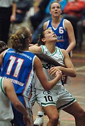 20-04-2005 BASKETBAL: LEVI - PERIK JUMPERS: AMSTERDAM<br /> Levi Amsterdam, wint de eerste playoff wedstrijd met 85-65 / Melissa Pater <br /> ©2005-WWW.FOTOHOOGENDOORN.NL
