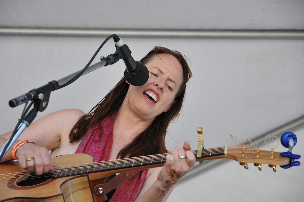 Jen Hajj in concert at the 2012 Tucson Folk Festival in Downtown Tucson, Arizona. Event photography by Martha Retallick.