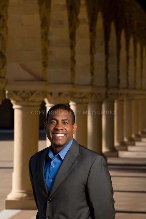 Stanford law school alumni, Carlos Watson