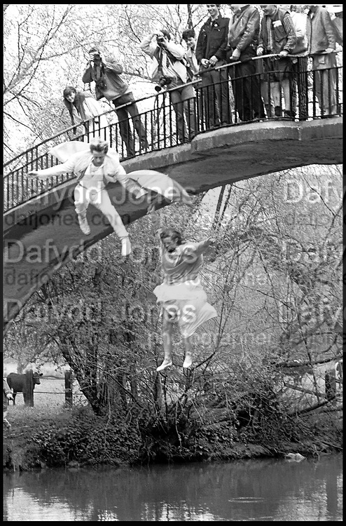 DOTTY SMITH; GREG SUPRA, MAY MORNING, OXFORD, 1 MAY 1983,<br /> <br /> SUPPLIED FOR ONE-TIME USE ONLY> DO NOT ARCHIVE. © Copyright Photograph by Dafydd Jones 248 Clapham Rd.  London SW90PZ Tel 020 7820 0771 www.dafjones.com