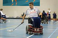 ARNHEM (PAPENDAL) -  Wesley Ferwerda , rostoelhockeyer die door de Rabo Bank wordt gesponsord. Training Nationale team Rolstoelhockey voor het WK in Italie 2010. COPYRIGHT KOEN SUYK