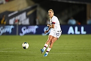United States midfielder Allie Long (20) kicks the ball in an international friendly women's soccer match, Saturday, Aug. 3, 2019,  in Pasadena, Calif., The U.S. defeated Ireland 3-0. (Dylan Stewart/Image of Sport)