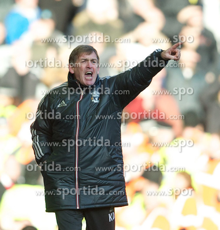 28.01.2012, Anfield, Liverpool, ENG, FA CUP, Liverpool FC vs Manchester United, im Bild Liverpool's manager Kenny Dalglish against Manchester United during the football match of the english FA CUP, between Liverpool FC and Manchester United, at the Anfield Stadium, Liverpool, England on 2012/01/28. EXPA Pictures © 2012, PhotoCredit: EXPA/ Propagandaphoto/ David Rawcliff..***** ATTENTION - OUT OF ENG, GBR, UK *****