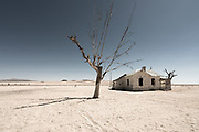The huge open desert becomes a blank canvas for Daliesque surrealism when incongrous objects suddenly appear out of nowhere. There was noyhing behind me and nothing beyond except for distant hills. <br /> <br /> To come across this derelict house, alongside a railway that stretches as far as the eye can see and on which we never saw a train, really did make us question 'why' and 'who would have lived there'. Genuinely surreal and a taste of things to come in the deserted mining town miles ahead.