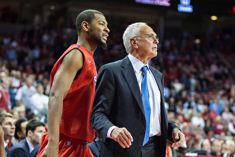FAYETTEVILLE, AR - NOVEMBER 18:  Head Coach Larry Brown of the SMU Mustangs works the bench during a game against the Arkansas Razorbacks at Bud Walton Arena on November 18, 2013 in Fayetteville, Arkansas.  The Razorbacks defeated the Mustangs 89-78.  (Photo by Wesley Hitt/Getty Images) *** Local Caption *** Larry Brown