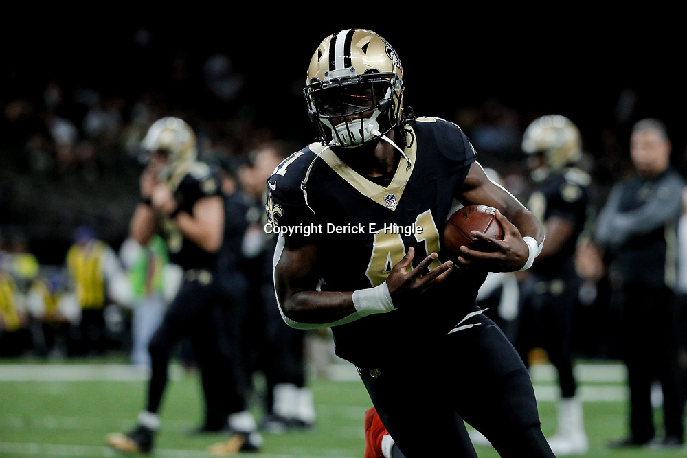 Dec 24, 2017; New Orleans, LA, USA; New Orleans Saints running back Alvin Kamara (41) before a game against the Atlanta Falcons at the Mercedes-Benz Superdome. Mandatory Credit: Derick E. Hingle-USA TODAY Sports