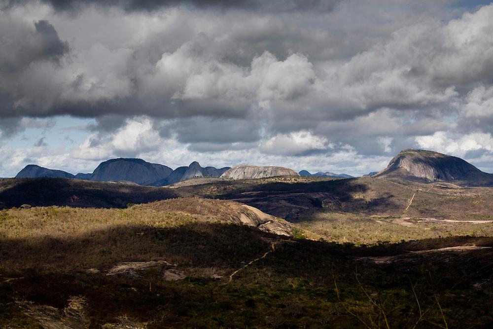 Pedra Azul_MG, Brasil...Pedra do Lagarto em Pedra Azul, Minas Gerais...Pedra do Largato in Pedra Azul, Minas Gerais...Foto: LEO DRUMOND / NITRO