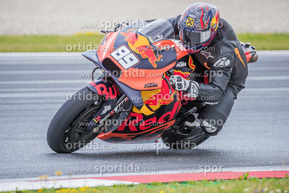 09.07.2019, Red Bull Ring, Spielberg, AUT, Marcel Hirscher mit MotoGP Bike am Red Bull Ring, Pressetermin, im Bild Marcel Hirscher (AUT) // Marcel Hirscher (AUT) during a press event Marcel Hirscher with MotoGP Bike on Red Bull Ring in Spielberg, Austria on 2019/07/09. EXPA Pictures © 2019, PhotoCredit: EXPA/ Dominik Angerer