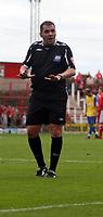 Photo: Mark Stephenson.<br /> Wrexham v Hereford United. Coca Cola League 2. 01/09/2007.Referee Mr P Dowd