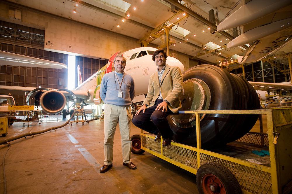 Reportagem efectuada em 2009, nas oficinas da TAP . Photo essay at Air Portugal maintnence facilities in Lisbon.