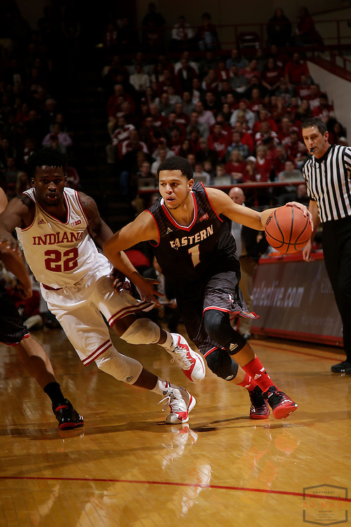 Eastern Washington guard Tyler Harvey (1) as Eastern Washington played Indiana in an NCAA college basketball game in Bloomington, Ind., Monday, Nov. 24, 2014. (AJ Mast)