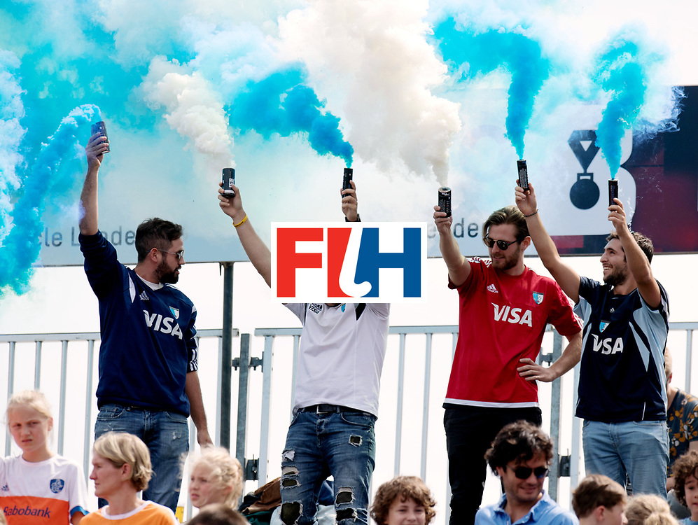 BREDA - Rabobank Hockey Champions Trophy<br /> The Netherlands - Argentina<br /> Photo: Argentina fans.<br /> COPYRIGHT WORLDSPORTPICS FRANK UIJLENBROEK