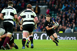 Beauden Barrett of New Zealand runs with the ball - Mandatory by-line: Robbie Stephenson/JMP - 04/11/2017 - RUGBY - Twickenham Stadium - London,  - Barbarians v All Blacks - Killik Cup