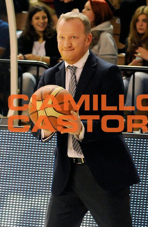 DESCRIZIONE : Cremona Lega A 2012-13 Vanoli Cremona Banco di Sardegna Sassari<br /> GIOCATORE : Coach Luigi Gresta<br /> SQUADRA : Vanoli Cremona <br /> EVENTO : Campionato Lega A 2012-2013<br /> GARA :  Vanoli Cremona Banco di Sardegna Sassari<br /> DATA : 24/03/2013<br /> CATEGORIA : Coach Fair Play<br /> SPORT : Pallacanestro<br /> AUTORE : Agenzia Ciamillo-Castoria/A.Giberti<br /> Galleria : Lega Basket A 2012-2013<br /> Fotonotizia : Cremona Lega A 2012-13 Vanoli Cremona Banco di Sardegna Sassari<br /> Predefinita :