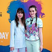 NLD/Amsterdam/20190624 - speciale voorvertoning Yesterday, Sarah Nauta and Julia Nauta