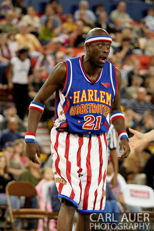 """04 May 2006: Kevin """"Special K"""" Daley over reacts to a call during the Harlem Globetrotters vs the New York Nationals at the Sulivan Arena in Anchorage Alaska during their 80th Anniversary World Tour.  This is the first time in 10 years that the Trotters have visited Alaska."""