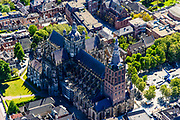 Nederland, Noord-Brabant, Den Bosch, 13-05-2019; binnenstad van 's-Hertogenbosch met Sint-Janskathedraal, formeel De Kathedrale Basiliek van Sint Jan Evangelist.<br /> City center of 's-Hertogenbosch with St. John's Cathedral.<br /> <br /> luchtfoto (toeslag op standard tarieven);<br /> aerial photo (additional fee required);<br /> copyright foto/photo Siebe Swart