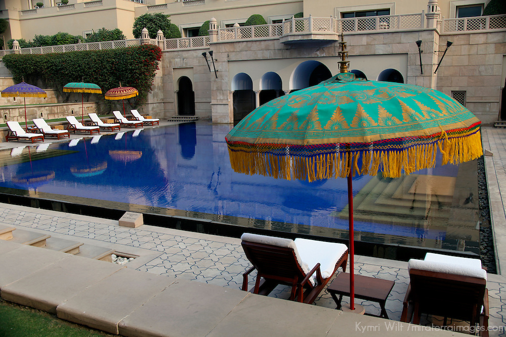 Asia, India, Agra. The outdoor swimming pool at Oberoi Amarvilas in Agra.
