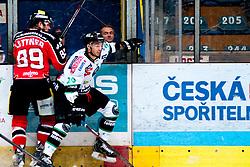 04.10.2013, Zimni Stadion, Zneim, CZE, EBEL, HC Orli Znojmo vs HDD TELEMACH Olimpija Ljubljana, 16. Runde, im Bild Jan Lattner (Znojmo #89) Gregor Koblar (Ljubljana #20) // during the Erste Bank Icehockey League 16th round match betweeen HC Orli Znojmo and HDD TELEMACH Olimpija Ljubljana, at the Zimni Stadium, Znojmo, Czech Republic on 2013/10/04. EXPA Pictures © 2013, PhotoCredit: EXPA/ Rostislav Pfeffer