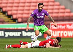 Marlon Pack of Bristol City challenges Kieffer Moore of Barnsley - Mandatory by-line: Robbie Stephenson/JMP - 30/03/2018 - FOOTBALL - Oakwell Stadium - Barnsley, England - Barnsley v Bristol City - Sky Bet Championship